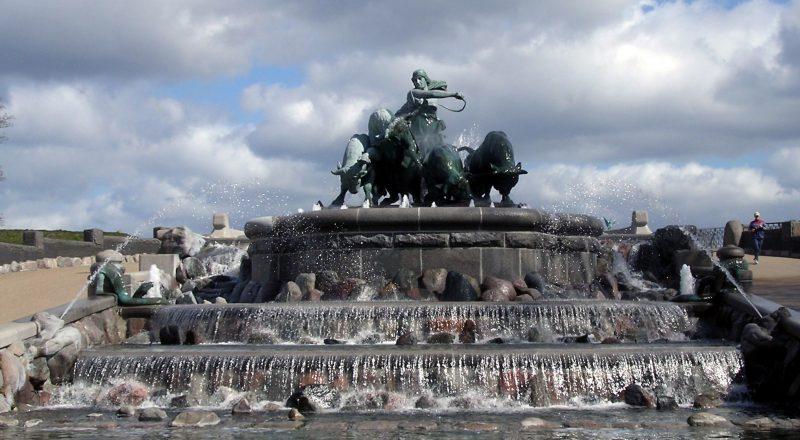 the-gefion-fountain-2181694
